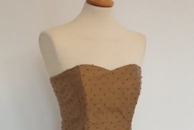 robe-iknaai-bustier-retro-detail