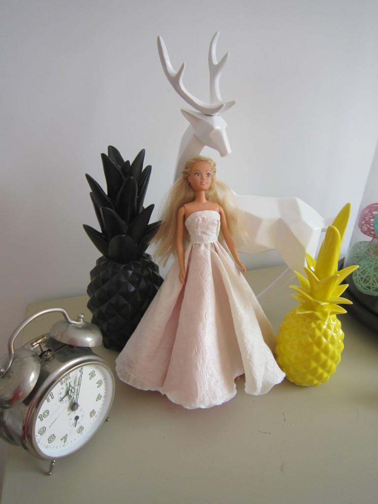 robe-iknaai-barbie-reversible-mariee