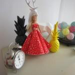 robe-iknaai-barbie-rouge-etoiles