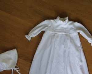 robe-de-bapteme-iknaai-detail